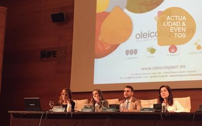 Diálogos de Expoliva sobre los cambios en el sector en un siglo y los retos de futuro